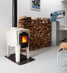 for more wood burners see: www.fromHomeland.nl/magazine  - houtkachel - woodburner - woodstove - Tilestove- dick van hoff