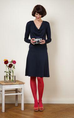 """Knielange Kleider - Herbstkleid """"Polli"""" mit tiefem Wasserfallkragen - ein Designerstück von Jekyll-und-Kleid bei DaWanda"""