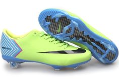 i just fell in love..sooo cheep soccer shoes