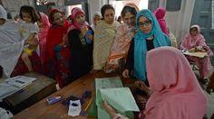PIUS EMELIFONWU BLOG: Pakistani men can beat wives 'lightly,' Islamic co...