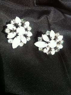 Vintage White Glass Clip on Earrings Earbobs by MamaMaesMarket, $25.00