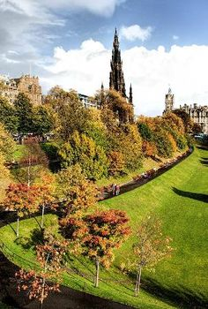 SCOTLAND: One Day in Edinburgh: One day in Edinburgh will never do the city justice, but it's time enough to get a good feel for its attractive city centre. This divides into the Old Town – which lies densely packed on a hill around Edinburgh's landmark castle – and the Georgian-era New Town below. A long park separates the two.