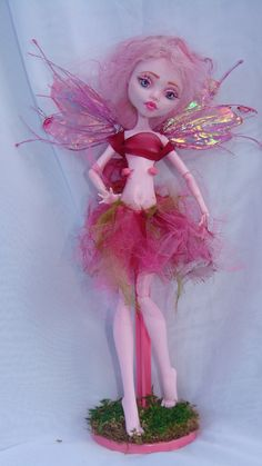 monster high repaint 5 fairy draculaura by ~phairee004 on deviantART