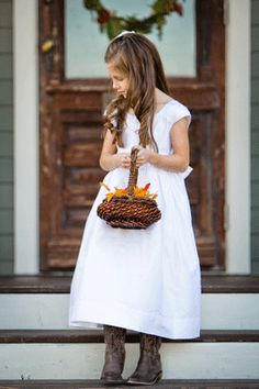 FLOWERGIRL THIS IS FOR MY NIECE JESSICA. Don't you just love the fall basket and  little cowgirl boots. cute