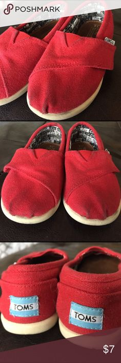 Preloved RED TOMS ❤️ Size 8T Worn and Preloved RED TOMS in useable condition. ❤️❤️❤️ Shows signs of wear but bottom soles and Velcro aren't worn out at all. TOMS Shoes Sneakers
