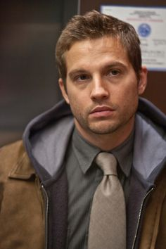 Logan Marshall-Green (he played Trey in The OC) and KINDA looks like Tom Hardy (ish) Beautiful Men Faces, Most Beautiful Man, Beautiful People, Mafia, Logan Marshall Green, Ballerina, Tom Hardy Hot, Eye Candy Men, Green Pictures