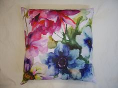 """Floral Watercolour Designer Art Style Flower Blossom Spring Cushion Cover (17""""x17""""): Amazon.co.uk: Kitchen & Home"""