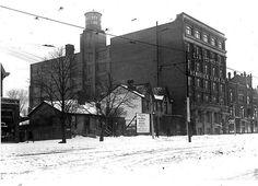 Spadina and Dundas 1911 Toronto, Past, Snow, Corner, Outdoor, Image, Outdoors, Past Tense, Outdoor Games