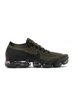 factory authentic e180f da7ce Nike mens Run Fast running shoes are lightweight and feature  super-responsive and spring back fast.