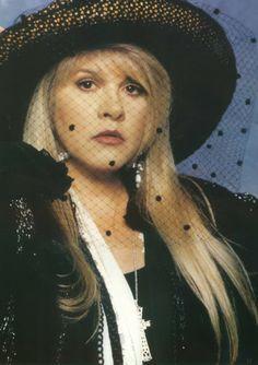 Stevie Nicks~~~ She is so sexy