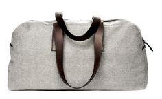 The Reverse-Denim Weekender – Everlane. Well priced weekender bag in a cool reverse denim color. Mochila Tote, Tote Backpack, Weekender Bags, Duffel Bags, Denim Bag, Shopper, Corporate Gifts, Travel Bags, Travel Packing