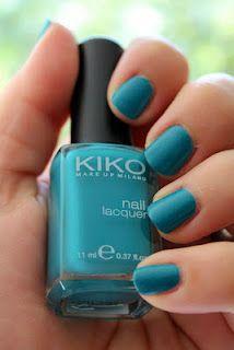 Vernis Kiko 387 turquoise <3 Et d'autres couleurs d'ailleurs... Les vernis Kiko sont top et pas chers!!