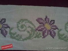 This Pin was discovered by HUZ Cross Stitch Designs, Diy And Crafts, Embroidery, Roses, Image, Tela, Cross Stitch Flowers, Hand Embroidery Stitches, Crafts