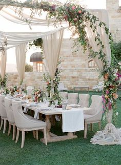 Alfresco Wedding Reception | summer wedding | | summer wedding ideas | | summer wedding inspiration | | wedding | #summerwedding #summer weddingideas http://www.roughluxejewelry.com/