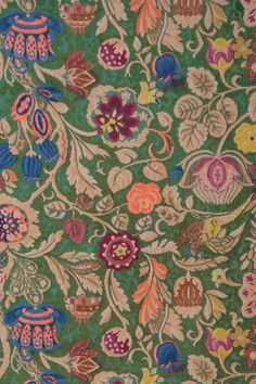 Floral pattern that dreams are made of...