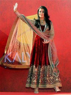Aishwarya Rai Bachchan in Sabyasachi at Kalyan Jewellers Store Opening in Dubai