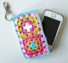 How to Crochet Mobile Cell Phone Pouch for iPhone Samsung - Crochet Ideas Crochet Phone Cover, Crochet Case, Crochet Purses, Love Crochet, Crochet Gifts, Beautiful Crochet, Knit Crochet, Crochet Squares, Crochet Granny