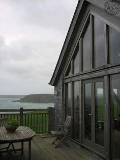 Upside-down house on Cornwall's cliffs | Carpenter Oak