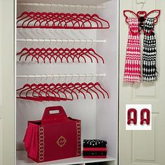 Huggable Hangers® 40-piece Chic Closet and Laundry Set
