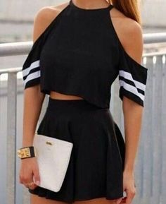 Black crop top skirt and white bag Clueless Outfits, Cute Lazy Outfits, Trendy Summer Outfits, Crop Top Outfits, Girly Outfits, Classy Outfits, Stylish Outfits, Outfit Summer, Girls Fashion Clothes