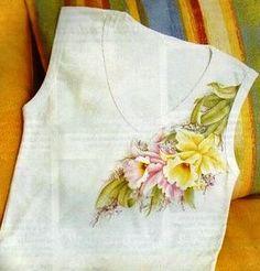 Camiseta com orquideas