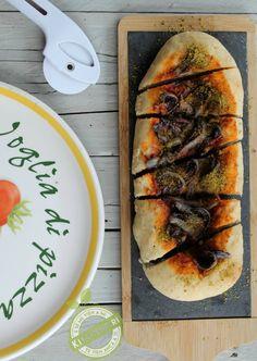 Pizza con radicchio e pistacchi, ricetta lievitati vert