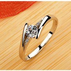 High-end jewelry diamond engagement wedding ring