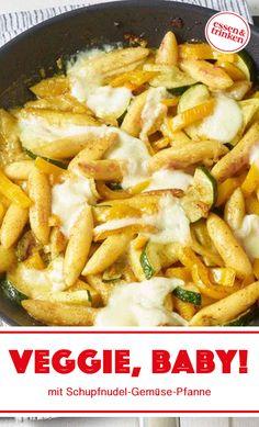 Vegetarian Meal Prep, Vegetarian Recipes, Spicy Recipes, Eating Habits, Good Food, Mozzarella, Dinner Recipes, Veggies, Zucchini