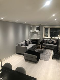 Black and grey combination 😍 Black And Grey, Gray, Living Room Grey, Conference Room, Table, Furniture, Home Decor, Decoration Home, Grey Lounge