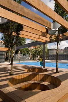 Fun sunken deck circles - Van Beuningenplein by Concrete