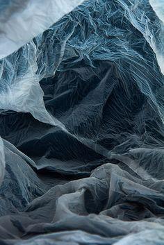 Texture : Plastic bag landscapes, by / selon Vilde J. Landscape Photography, Art Photography, Mode Collage, Look Body, Instalation Art, Fotografia Macro, Pics Art, Photo D Art, Abstract Landscape