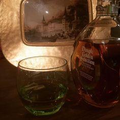 #repost @taylan_ozen #bugün #cuma #are #you #ready friday fridaynight freitag vendredi vendreditoutestpermis dimple scotch whisky whiskey viski виски пятница ウイスキー 金曜日 금요일 위스키 instawhisky tgif instafriday instabeer instadaily instamood instapic instacool instalike @dimplewhisky #dimplewhisky #dimplewhiskey
