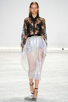 Spring 2015 Ready-to-Wear - Monique Lhuillier