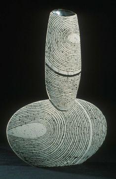 Suppressed Volume - Harris Deller Ceramics