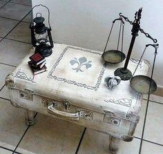 Restyling da Valigia Vintage   a Tavolino in stile Shabby Chic