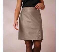 Koženková sukňa s patentmi | blancheporte.sk #blancheporte #blancheporteSK #blancheporte_sk #vianoce #outfit Waist Skirt, High Waisted Skirt, Zip, Outfit, Skirts, Exclu, Blog, Fashion, Curvy Girl Fashion