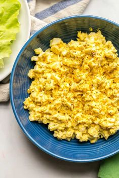 Curried egg salad is an easy, creamy, delicious lunch that's perfect for sandwiches, wraps or lettuce wraps or with crackers and veggies. It's just 5 ingredients and ready in about 30 minutes — and a great recipe to make ahead for the week! Salad Recipes Nz, Spinach Smoothie Recipes, Easy Steak Recipes, Fun Easy Recipes, Chicken Recipes, Healthy Recipes, Keto Recipes, Curried Egg Salad Recipe, Curry Egg Salad
