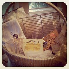 Cute gift basket idea - Chocolate Chip Cookie Basket. Your fave recipe, cooling rack, dough scooper, chocolate chips, and a dish towel.