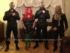 Coolest Batman Villains Group Costume: Poison Ivy, Bane, Scarecrow... This website is the Pinterest of costumes Group Halloween Costumes, Group Costumes, Cool Costumes, Bane Costume, Costume Dress, Poison Ivy And Bane, Poison Ivy Costumes, Fancy Dress Up, Homemade Costumes