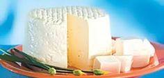 Queijo Minas | Patrimônio Cultural Imaterial Brasileiro.  Jean-Baptiste Debret chegou ao Brasil  em 1816, para ser o pintor da família real  e foi um dos primeiros viajantes a notar  que o país possuía um produto diferente,  consumido ao final das refeições, o queijo-de-minas.