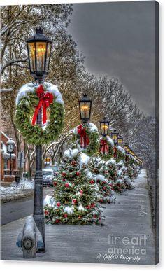 Christmas Garden, Diy Christmas Tree, Outdoor Christmas Decorations, Christmas Pictures, Christmas Lights, Vintage Christmas, Holiday Decor, Christmas Canvas, Commercial Christmas Decorations