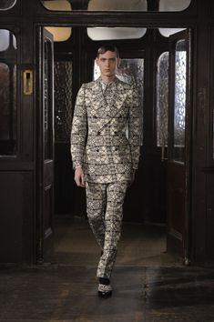 Alexander McQueen Homme Fall Winter 2013-2014