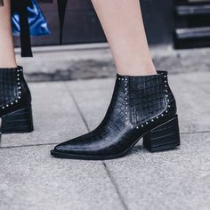 Selena Gomez Chelsea ankle boots are so practical | Chiko Shoes