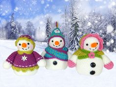Flurry Florrie and Flora Amigurumi Snowlady Trio by mojimojidesign