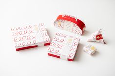 Food Packaging Design, Packaging Design Inspiration, Japan Package, Candle Packaging, Projects To Try, Doodles, Packing, Branding, Graphic Design
