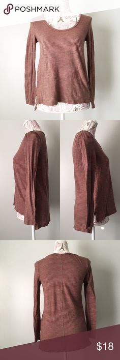 Banana Republic brown pink striped long sleeve tee Banana Republic brown and pink long sleeve high/low Basic Tee. Size xs Tops Tees - Long Sleeve