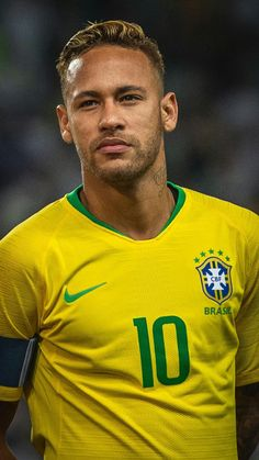 Brazil Football Team, Neymar Football, Neymar Jr, Souliers Nike, Neymar Brazil, Barcelona Football, Sports Personality, Football Quotes, Most Popular Sports