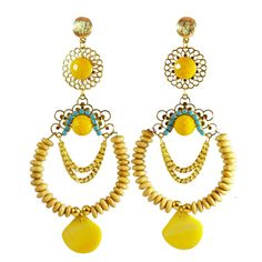 Earrings on Rafaela Pedroso
