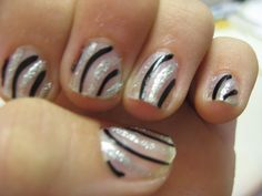 easy nail design for short nails.