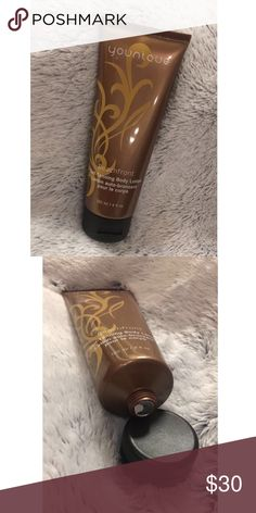 Younique Beachfront Self-Tanning Body Lotion Never been used!! This Body Lotion allows you to build a tan, day by day! Easy as putting on your daily morning lotion! Makeup Bronzer